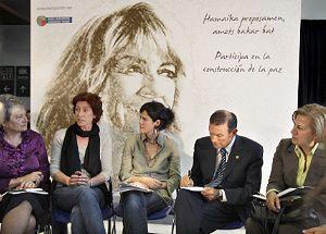 konpondu encuentro entre políticos y ciudadanos